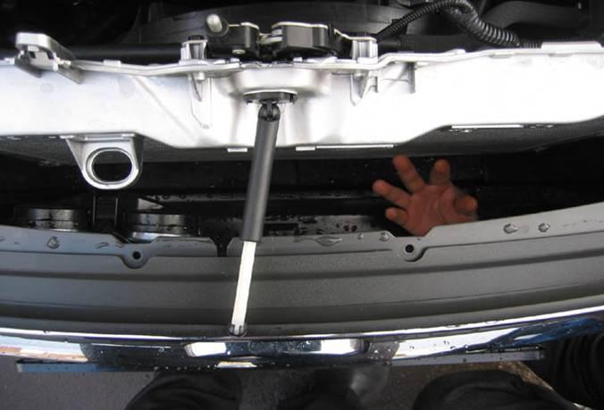 Как сделать замок капота форд фокус 2